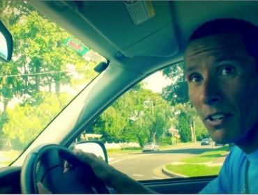 chris-singing-car