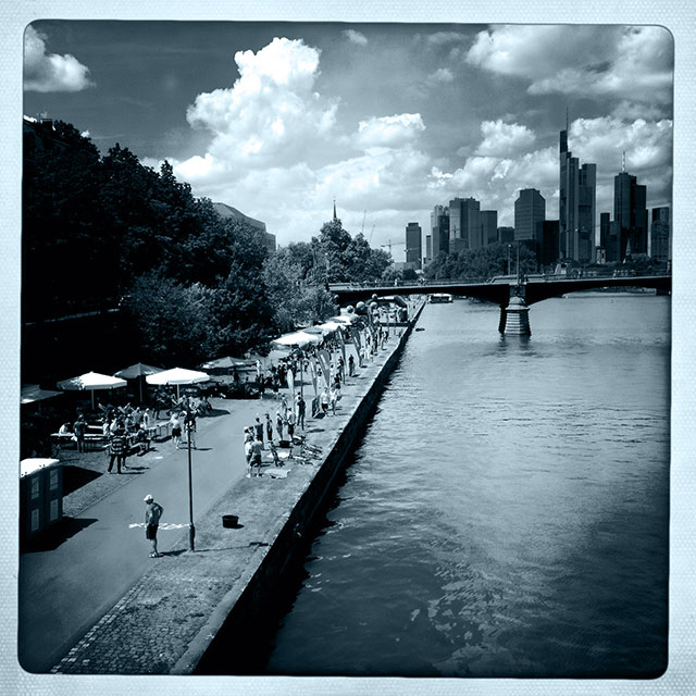 Frankfurt is definitely not everybody's darling. But you can learn to love this peculiar City.
